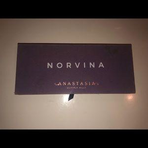 Anastasia Beverly Hills Norvina